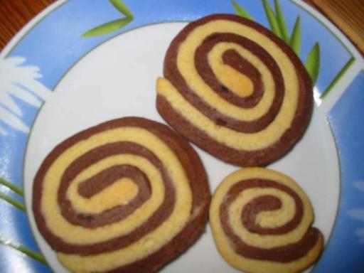 Biscuits escargots vanille chocolat recettes a - Cuisiner les escargots ...