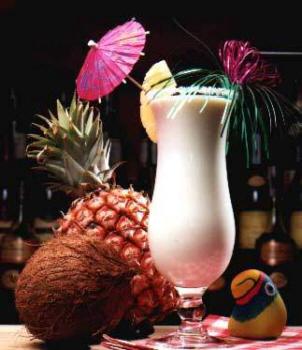 Le bar du mois d'août 2012 - Page 3 Pina-colada